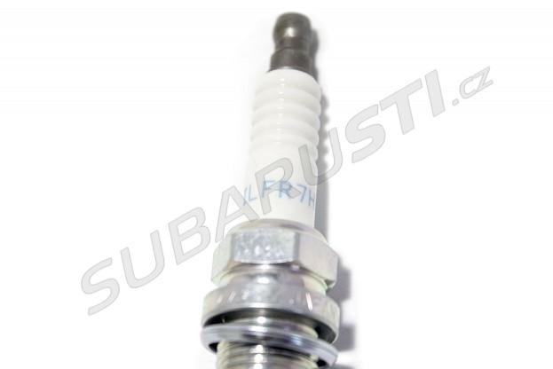 Zapalovací svíčka ILFR7 pro EJ25 WRX/STI/Forester 2006+ (teplota 7)