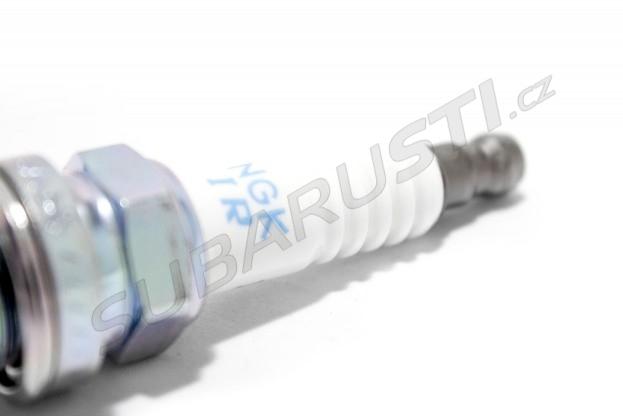 Zapalovací svíčka ILFR6 pro EJ25 WRX/STI/Forester 2006+ (teplota 6)