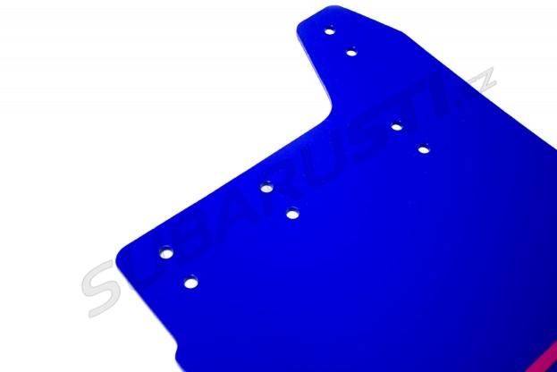 Modré zástěrky s růžovým logem STI Impreza WRX/STI 2001-2007