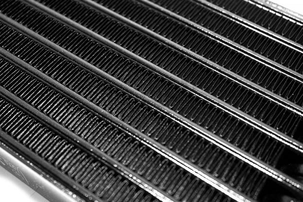 Olejový chladič Impreza STI Spec C/N12