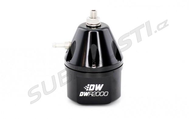 Regulátor tlaku paliva DeatschWerks DWR2000 - černý