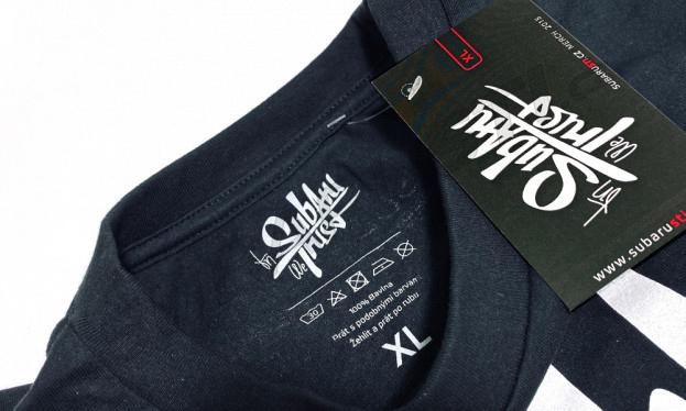 Pánské triko InSubaruWeTrust v setu s klíčenkou a samolepkou